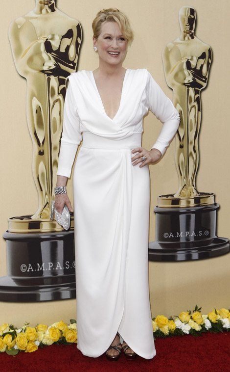 meryl-streep-chris-march-white-dress-2010-oscars