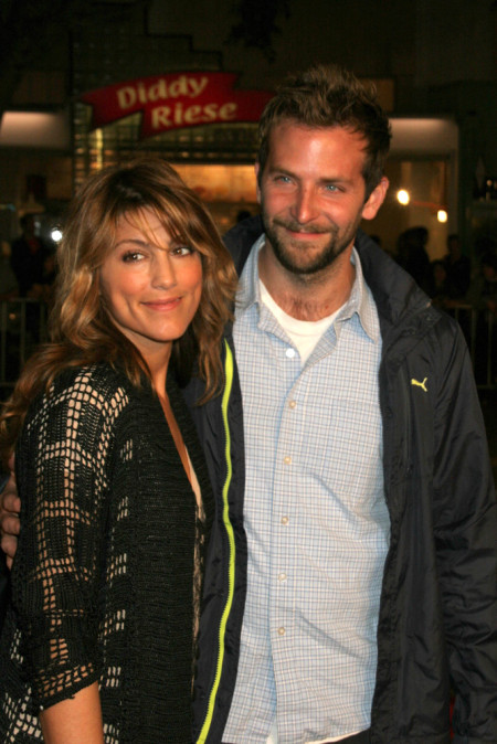 Bradley-Cooper-and-Jennifer-Esposito-450x674