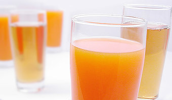 34602-stock-photo-beverage-alcoholic-drinks-juice-cold-drink-orange-juice-apple-juice