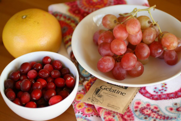 diy-cranberry-anti-aging-face-mask-main