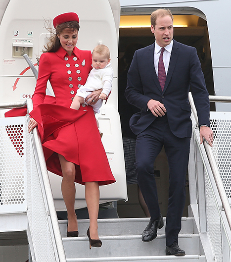 1396831147_prince-william-george-kate-new-zealand_1