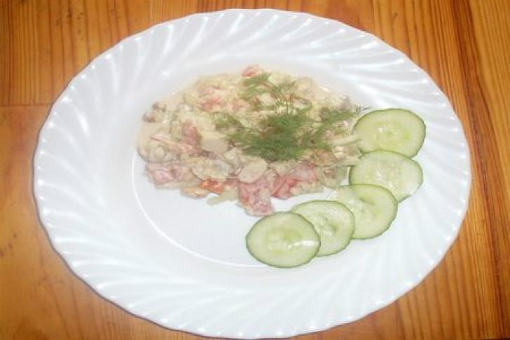 Vistas-karija salāti. FOTO RECEPTE