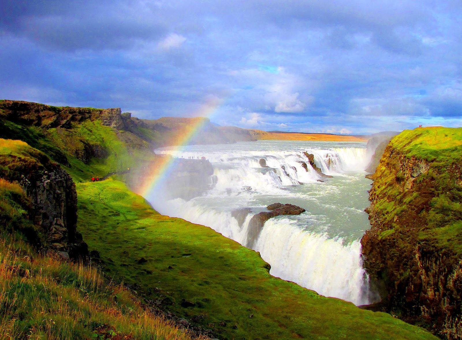96260_Gullfoss-Golden-Falls-Iceland-Wallpapers_1600x1177