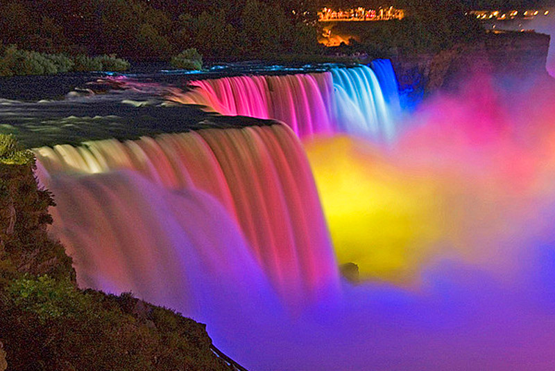 Niagara_Falls_Night