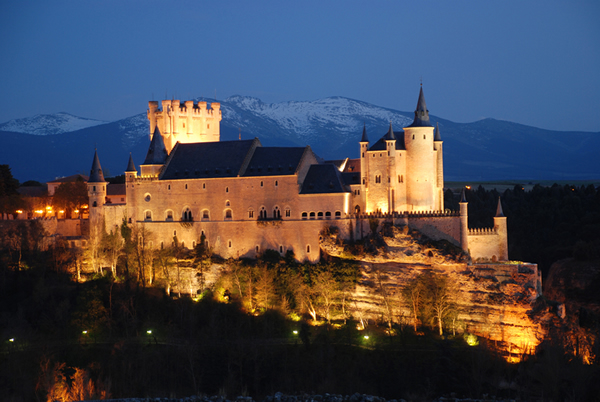 Spanish-Castle-Alcazar-of-Segovia-Spain