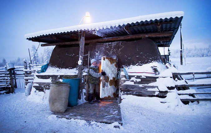 10oymyakon-village-in-russia-by-amos-chapple-11-677x427