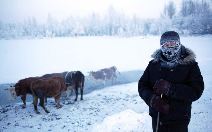 12oymyakon-village-in-russia-by-amos-chapple-13-677x423