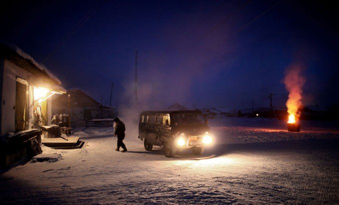 17oymyakon-village-in-russia-by-amos-chapple-18-677x409