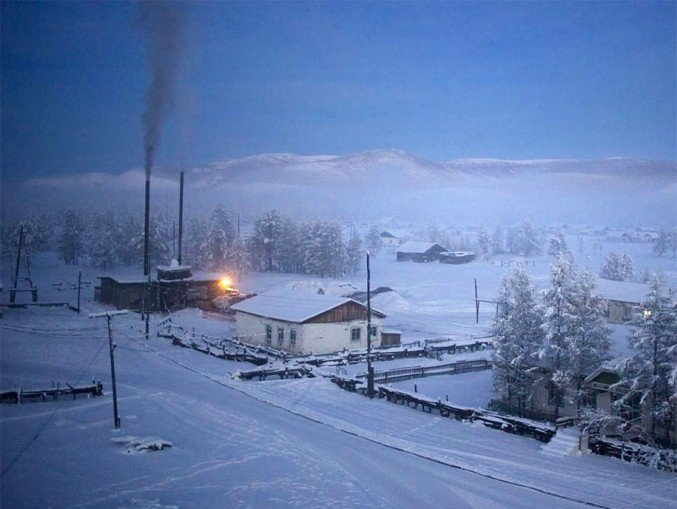 19oymyakon-village-in-russia-by-amos-chapple-20-677x509