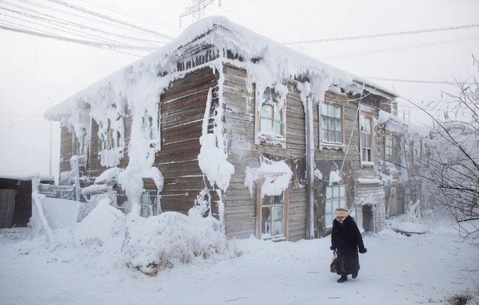 7oymyakon-village-in-russia-by-amos-chapple-8-677x431