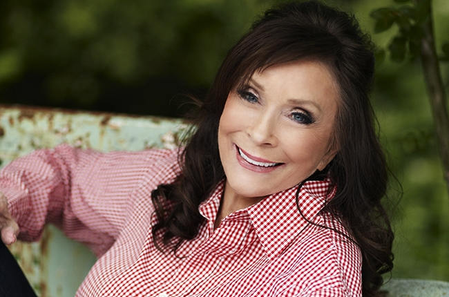 loretta-lynn-2014-russ-harrington-billboard-650