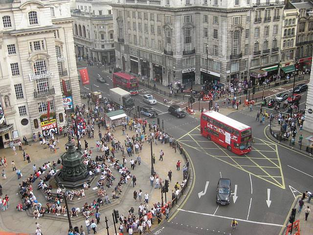 piccadilly_circus_002