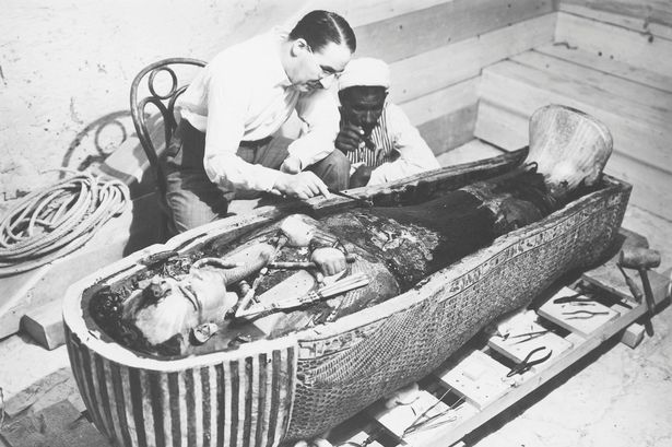 The-discovery-of-the-tomb-of-Pharaoh-Tutankhamun