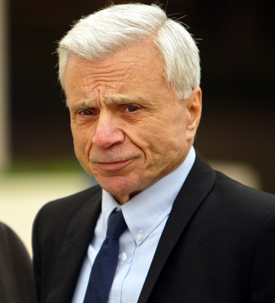 Actor Robert Blake arrives at the Los Angeles Superior Court, in Van Nuys for day three in the murd
