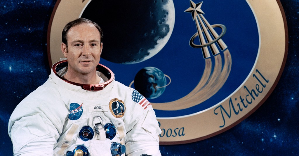 Edgar_Mitchell_Apollo_14_NASA_Plaque_1200x628-1