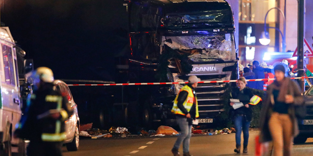 aw-berlin-lorry-nonbreaking-v3